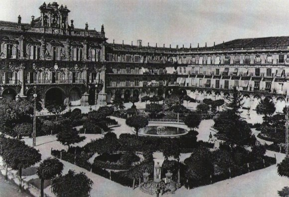 Plaza Mayor_Salamanca_1890